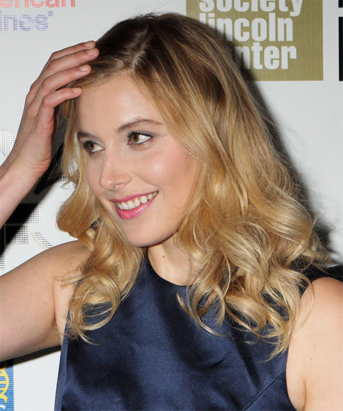 Greta Gerwig Long Wavy Hairstyle - Medium Blonde (Golden) - side view