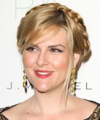 Sara Rue Hairstyle - click to view hairstyle information
