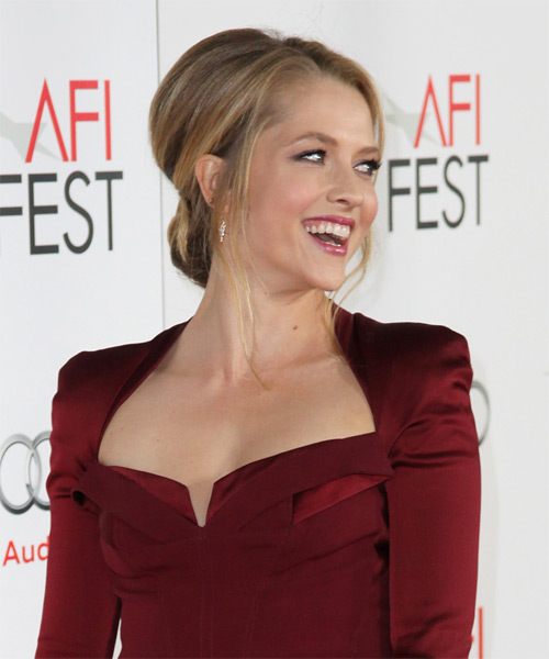 Teresa Palmer Straight Formal Updo Hairstyle - Medium Blonde Hair Color - side view