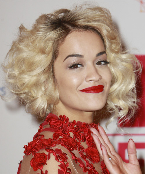 Rita Ora Short Curly Hairstyle - Light Blonde - side view
