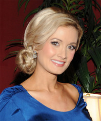 Holly Madison - Updo Long Straight - side view