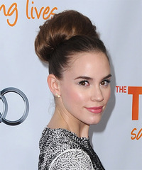 Christa B Allen Hairstyle - click to view hairstyle information