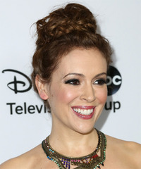 Alyssa Milano Hairstyle - click to view hairstyle information