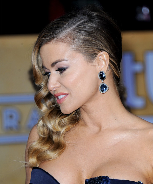 Carmen Electra Long Wavy Hairstyle - Dark Blonde - side view