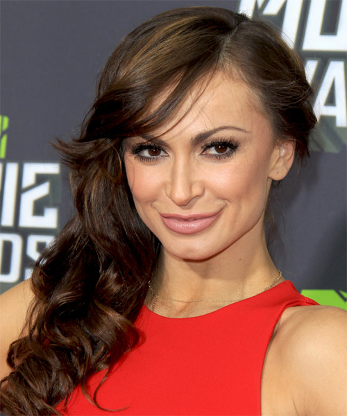 Karina Smirnoff Long Wavy Hairstyle - side view