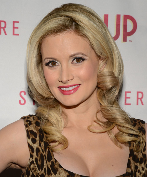 Holly Madison Long Wavy Hairstyle - Light Blonde (Caramel) - side view