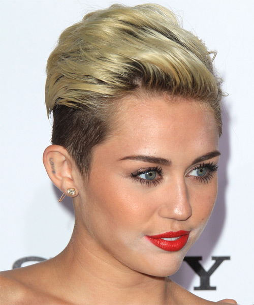 Miley Cyrus Short Straight Hairstyle - side view