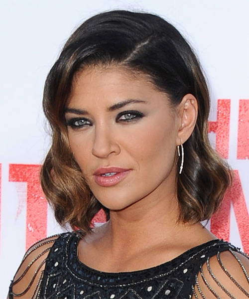 Jessica Szohr Medium Wavy Hairstyle - Dark Brunette - side view 1