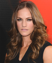 Kelly Overton Long Wavy Casual  - side view
