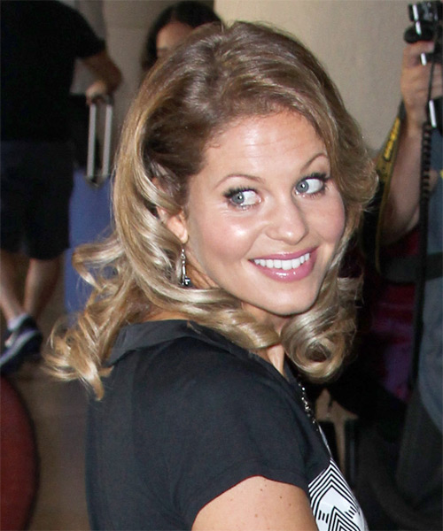 Candace Cameron Bure Medium Wavy Hairstyle - side view 1