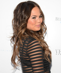 Christine Teigen Hairstyle - click to view hairstyle information