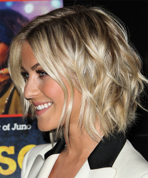 Julianne Hough Medium Straight Hairstyle - side view 1