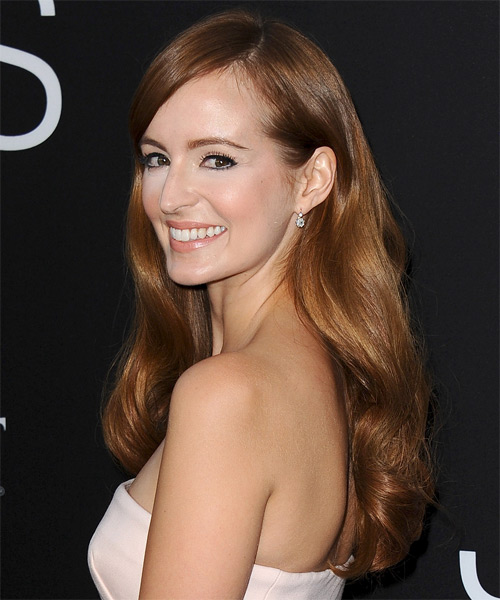 Ahna O Reilly Long Wavy Hairstyle - side view