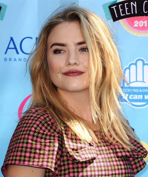 Maddie Hasson Medium Straight Hairstyle - side view