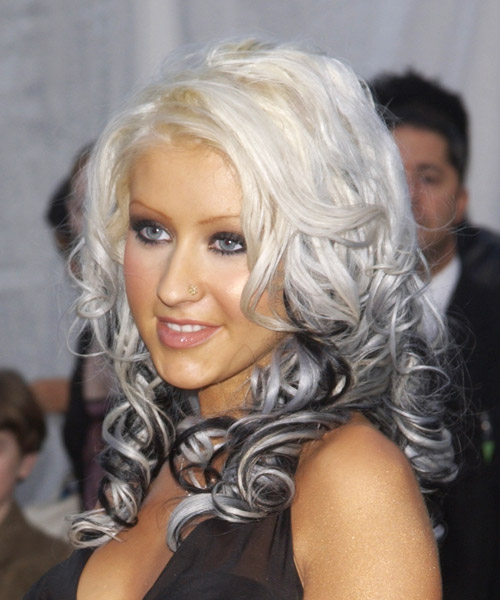 Christina Aguilera Long Wavy Hairstyle - side view
