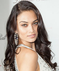 Shanina Shaik Hairstyle - click to view hairstyle information