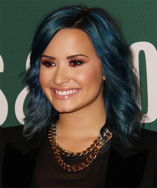 Demi Lovato Medium Wavy Casual  - Blue - side view