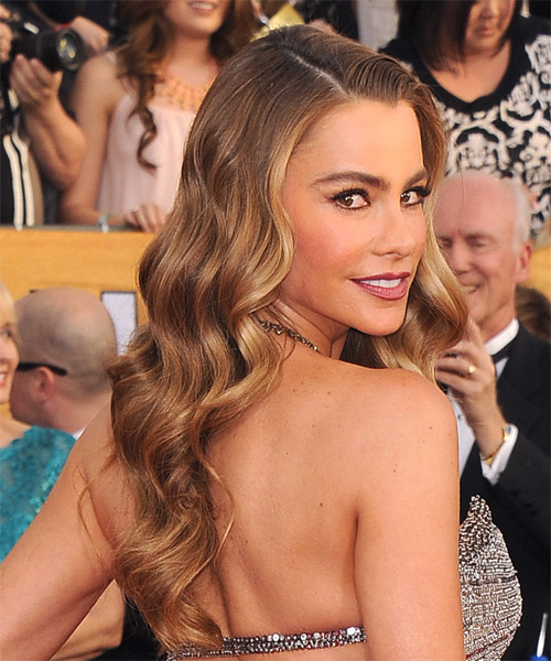 Sofia Vergara Long Wavy Hairstyle - Medium Brunette (Chestnut) - side view