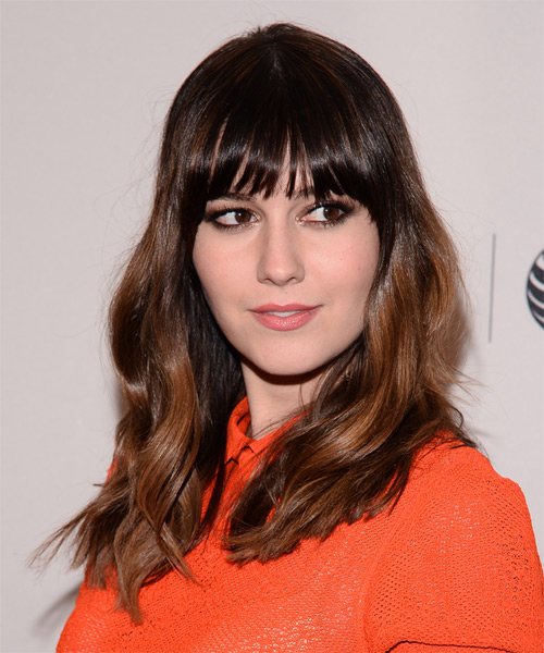 Mary Elizabeth Winstead Long Wavy Casual Hairstyle with Blunt Cut Bangs - Dark Brunette Hair Color - side view