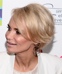 Kristin Chenoweth - Short Straight - side view