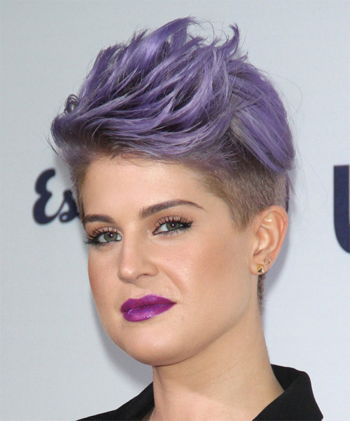 Kelly Osbourne Short Straight Hairstyle - Purple - side view 1