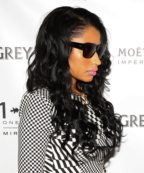 Nicki Minaj Long Wavy Hairstyle - Black - side view
