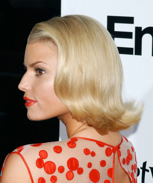 Jessica Simpson Medium Straight Bob Hairstyle - Light Blonde (Golden) - side view