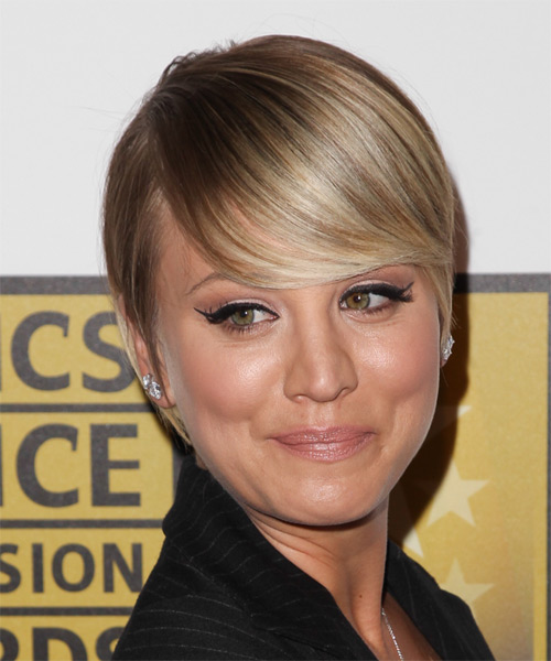 Kaley Cuoco Short Straight Hairstyle - Medium Blonde - side view