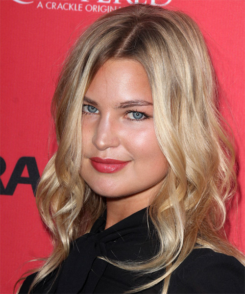 Jennifer Akerman Long Wavy Casual Hairstyle - Medium Blonde Hair Color - side view