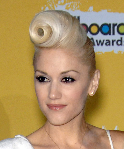 Gwen Stefani Long Straight Alternative Updo Hairstyle - side view