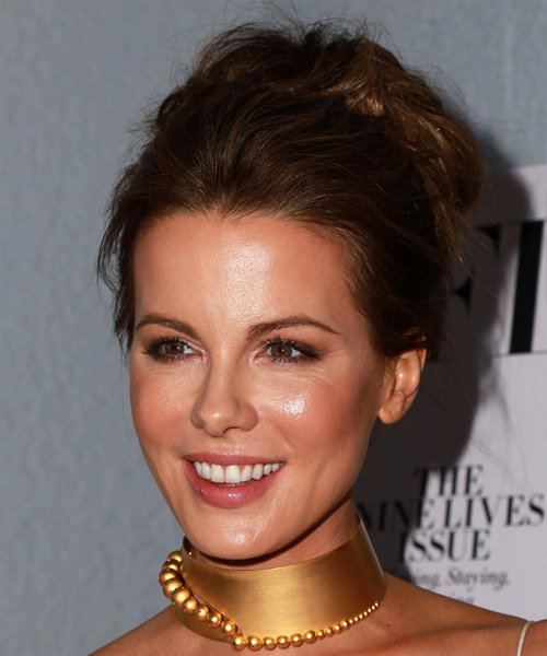 Kate Beckinsale Wavy Formal Wedding- side on view