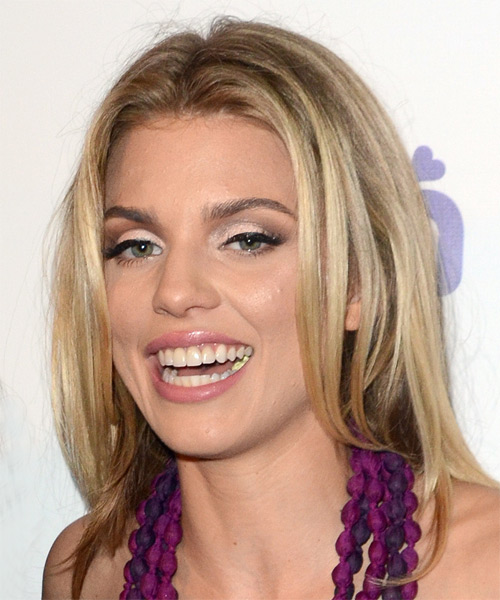 AnnaLynne McCord Medium Straight Casual Hairstyle - Medium Blonde (Golden) Hair Color - side on view