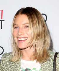 Dree Hemingway - Medium Straight - side view