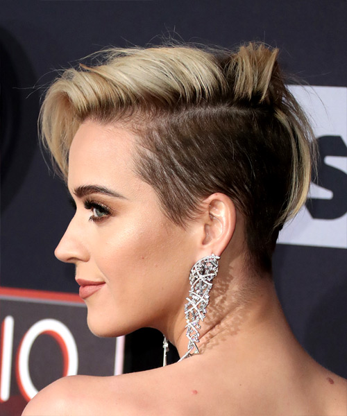Katy Perry Short Straight Asymmetrical Hairstyle - Light Blonde - side view