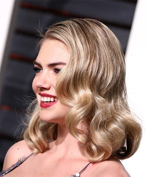 Kate Upton Medium Wavy Bob Hairstyle - Light Blonde - side view
