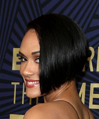 Grace Gealey - Short Straight - side view