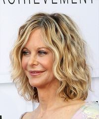 Meg Ryan Medium Wavy Casual Bob - side on view