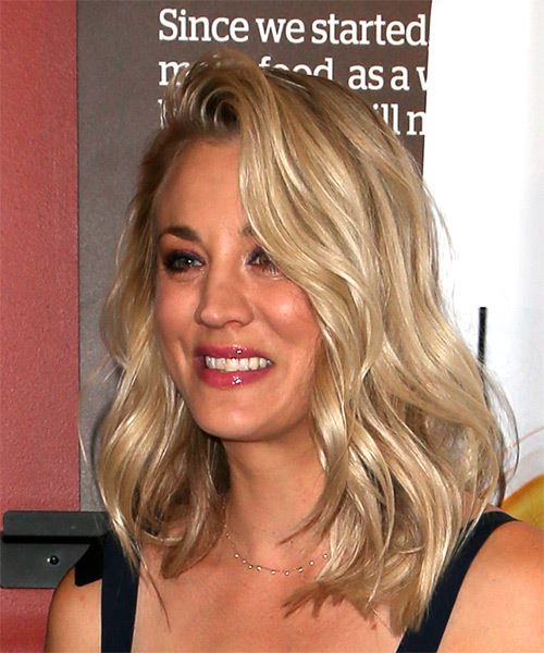 Kaley Cuoco Medium Wavy Casual Hairstyle - Light Blonde (Ash) Hair Color - side on view
