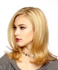 Medium Straight Casual Bob - Medium Blonde (Strawberry) - side on view
