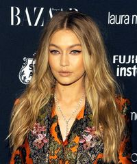 Gigi Hadid Long Wavy - side on view