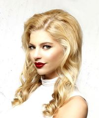 Long Wavy Casual  - Light Blonde - side on view