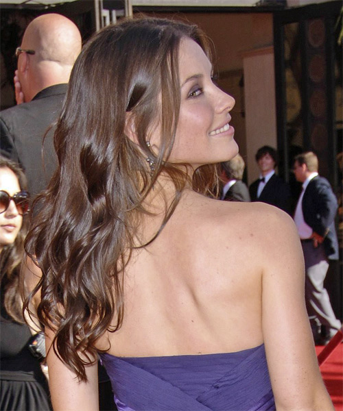 Evangeline Lilly Long Wavy Hairstyle - side view