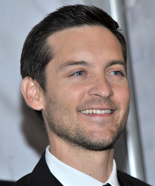 Tobey Maguire - Formal Short Straight Hairstyle - side view