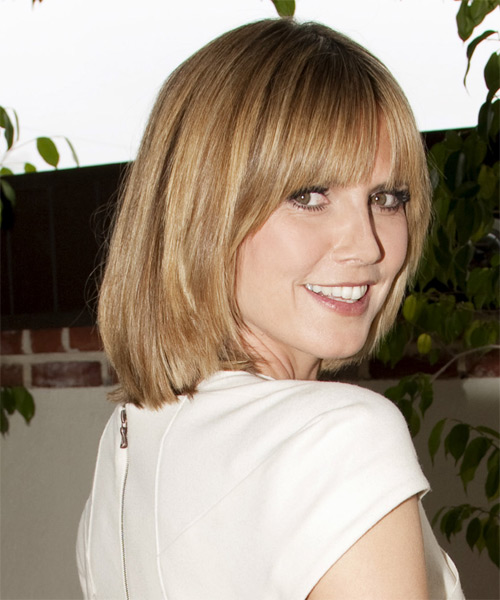 Heidi Klum Medium Straight Casual Bob Hairstyle with Blunt Cut Bangs - Medium Blonde Hair Color - side on view