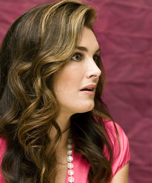 Brooke Shields - Formal Long Wavy Hairstyle - side view