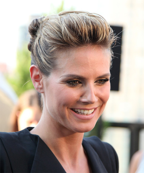 Heidi Klum - Casual Updo Long Curly Hairstyle - side view
