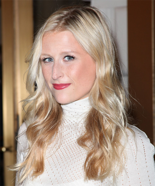 Mamie Gummer Long Wavy Hairstyle - side view