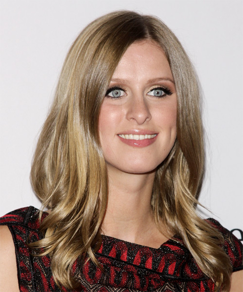 Nicky Hilton Medium Wavy Hairstyle - Light Brunette (Caramel) - side view