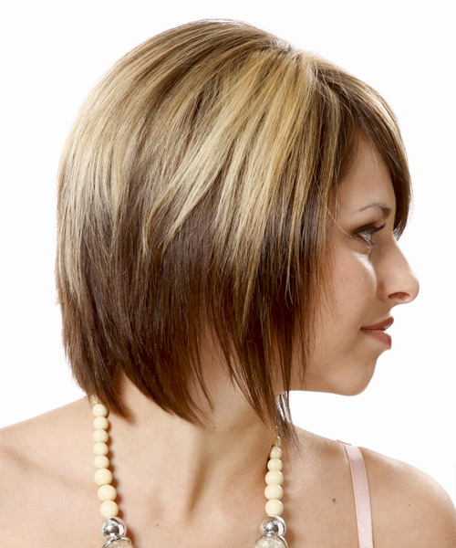 Short Straight Casual Hairstyle - Light Blonde (Chocolate) - side view 2