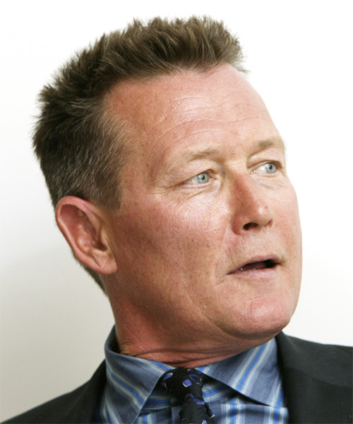 Robert Patrick Short Straight Hairstyle - side view 2